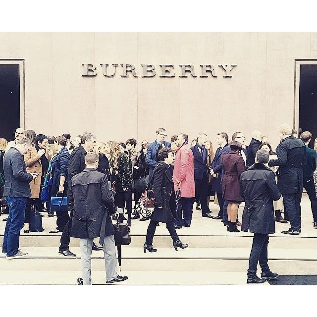 BURBERRY AW15