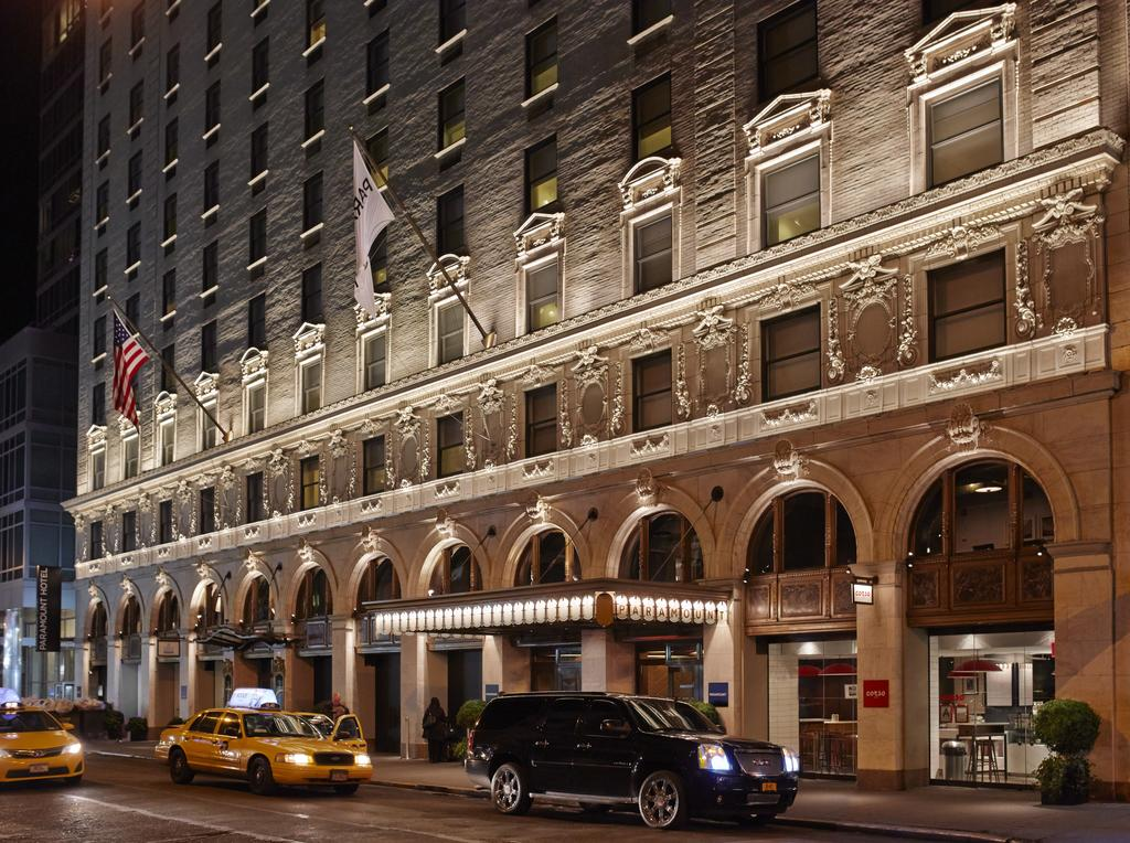 New York Hotel Hotels Retail