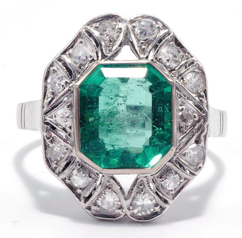 emerald art deco vintage ring